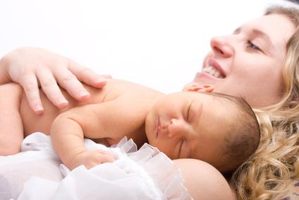 新生児とママ